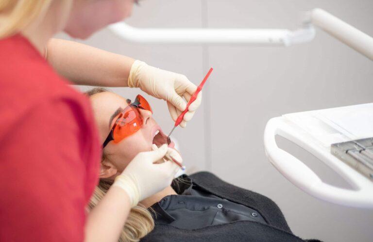 Schonende Zahnaufhellung mit strahlenden Ergebnissen - Bleaching
