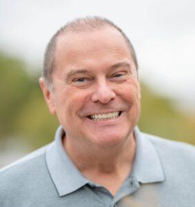 Unser Patient Norbert Kunz mit gesundem Lächeln